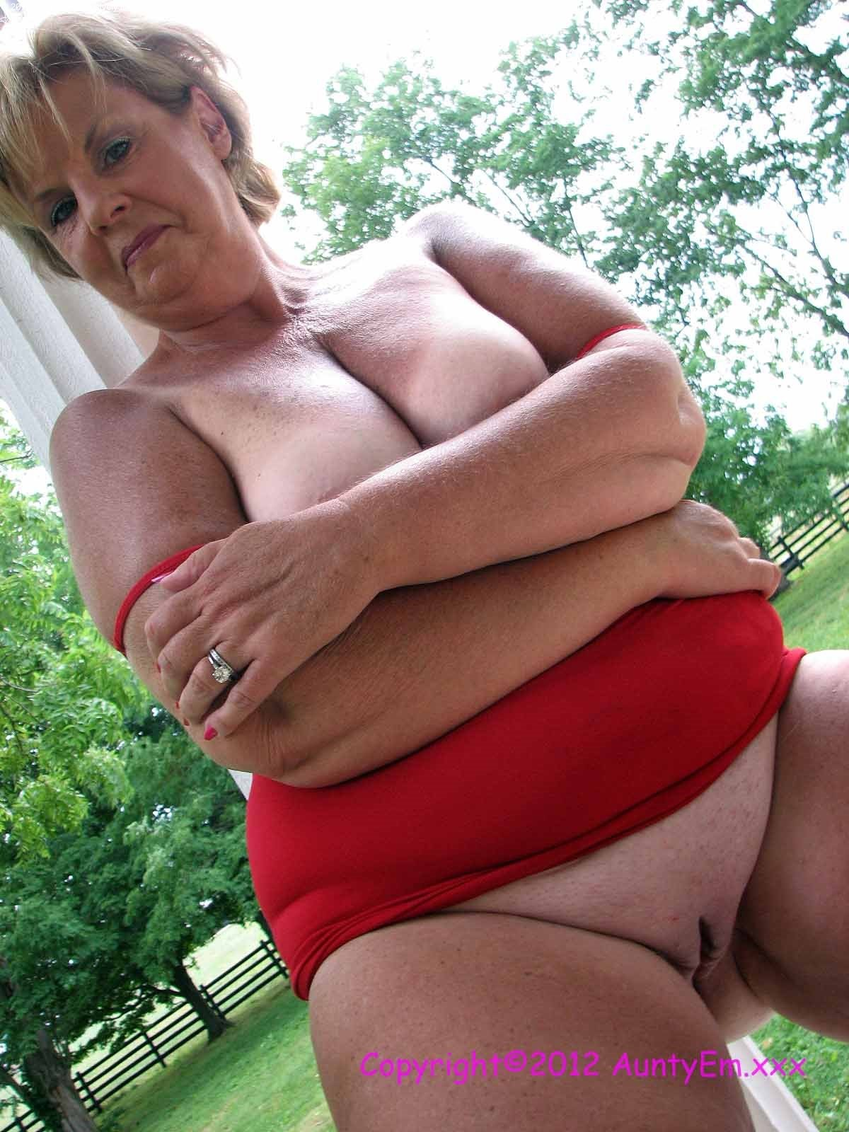 Naked Women On Blogspot 7