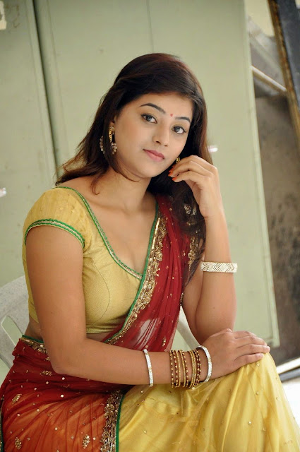 Yamini half saree photos-HQ-Photo-1