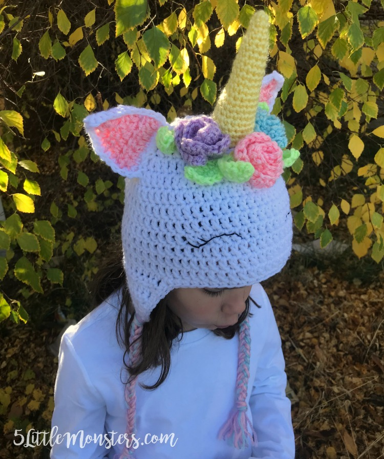 5 Little Monsters Crocheted Unicorn Hat With Flowers