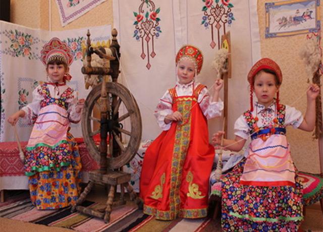 Знакомство с народной культурой и традициями русского народа