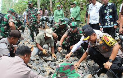 Desa Sadar Sriwijaya Lampung Timur Sasaran Karya Bhakti TNI Kodim 0411/LT