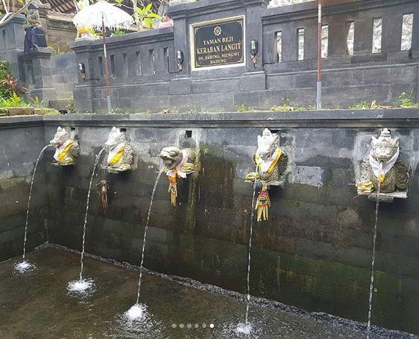 Wisata Pura Keraban Langit di Mengwi Badung Bali Informasi Terbaru