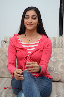 Telugu Actress Mouryani Latest Pos in Blue Denim Jeans  0114.JPG