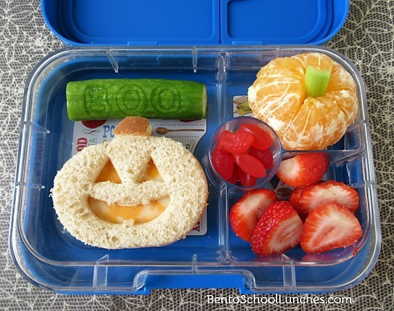 Jack O Lantern Halloween bento lunch in Yumbox