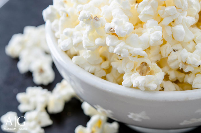Learn how to make homemade microwave popcorn that is completely natural.  |  http://www.andersonandgrant.com