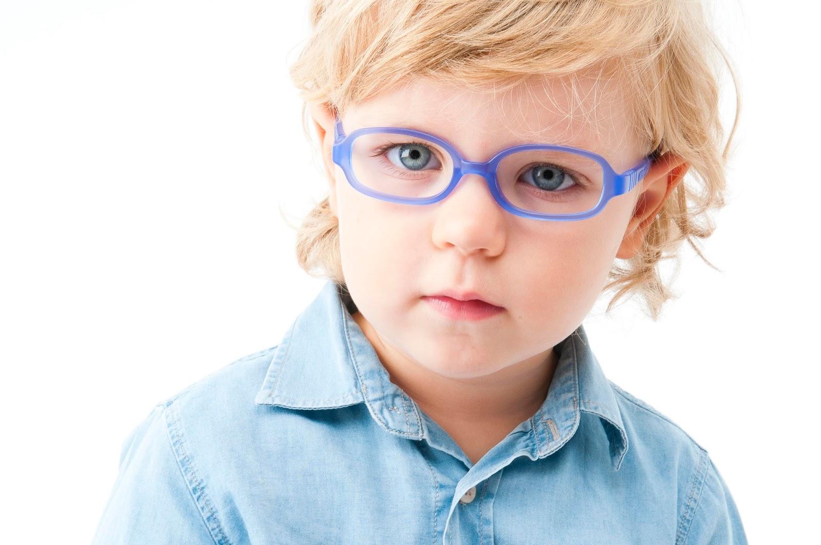 85c6db877a Es muy importante revisar la visión de los niños con frecuencia para  detectar posibles problemas que puedan estar afectando la vida del niño e  incluso a su ...