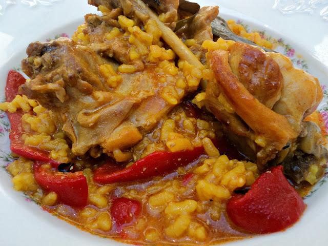 arroz-conejo-olla-rapida-plato