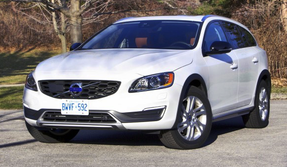 Volvo V60 T5 AWD Cross Country Review
