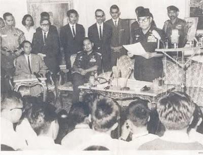 Konstitusi Republik Indonesia Serikat (1949-1950) - berbagaireviews.com