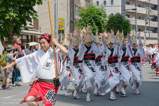 マロニエ祭りで浅草雷連の女踊りの踊り手達を撮影した写真 その5