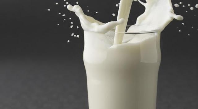 Pentingnya Minum Susu Saat Sahur dan Berbuka Puasa