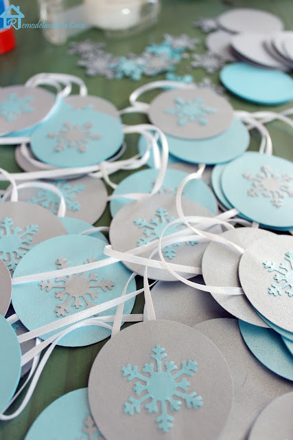 Christmas decor with blue and grey snowflake garland