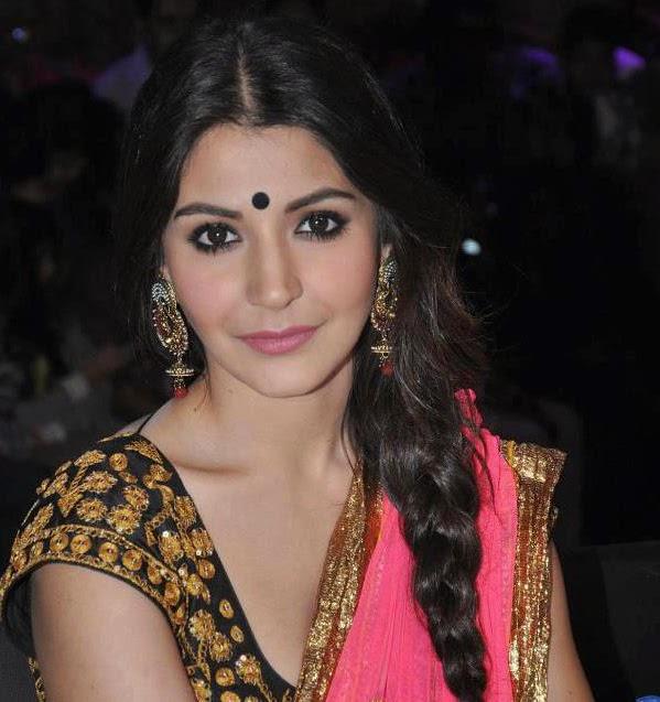 Anushka Sharma Spicy Hot Photos In Gorgeous Saree Photos