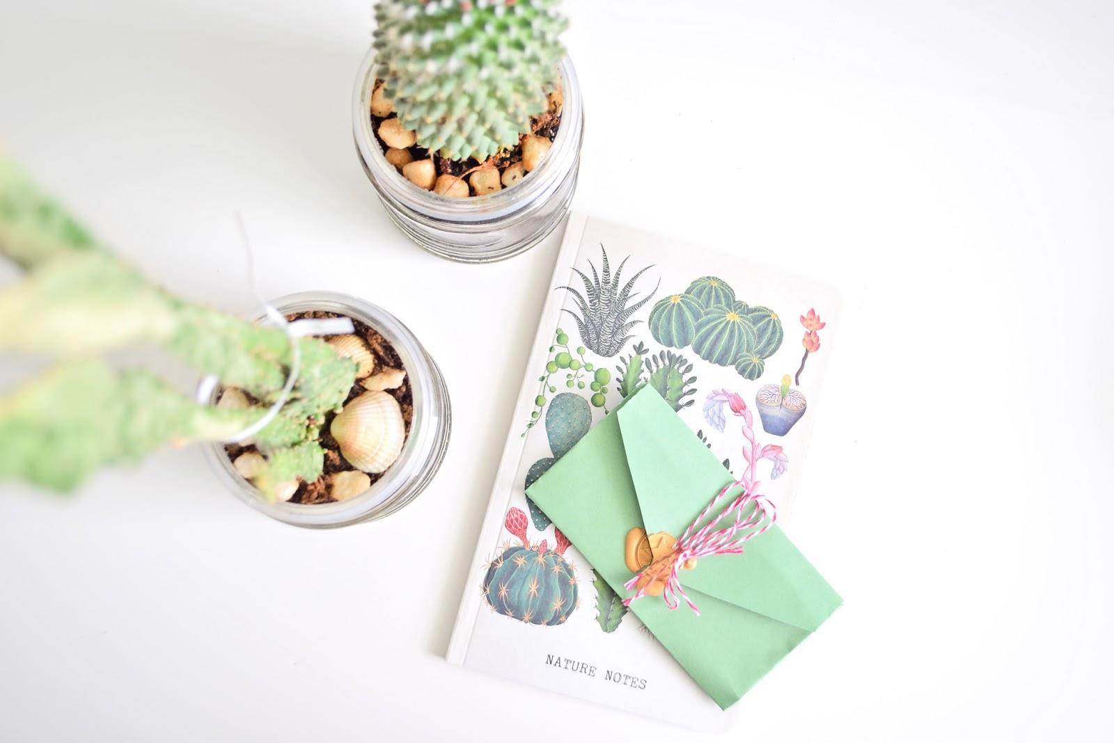 Jak zrobić dekoracyjną ostemplowaną kopertę?