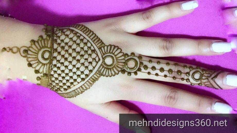 Simple mehndi designs photos - Fancy Fashion Points