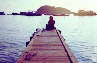 puisi rindu tentang kesunyian