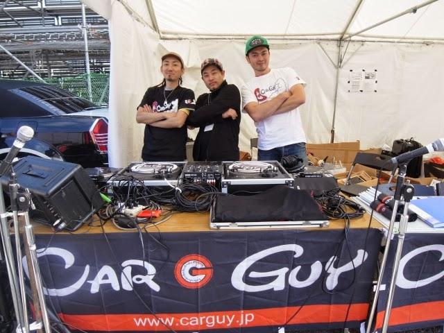 DJ-Kaz, M-oto, DJ-Y∀SUのイベントでの写真です。