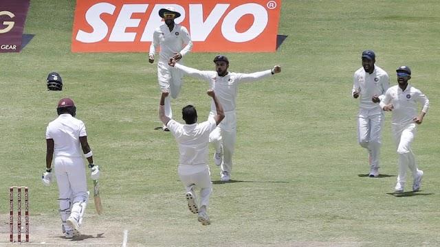 एंटीगुआ टेस्ट में शमी-यादव का करार वार - विंडीज़ पर पारी की हार का खतरा