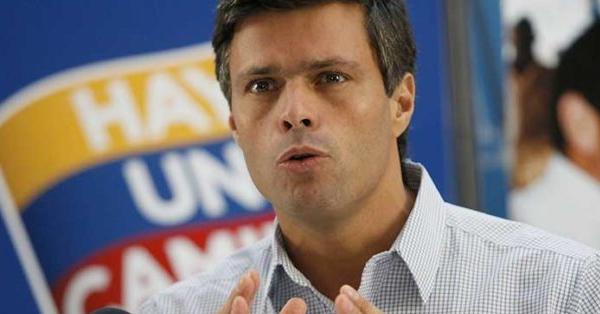 Fuerzas antichavistas liberan a Leopoldo López de su arresto domiciliario