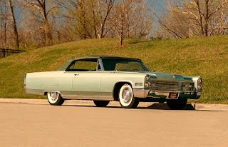 1966 Cadillac Eldorado Cabriolet Green Front Right