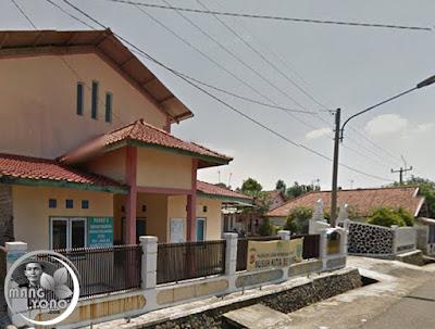 FOTO 3: Kantor Desa Jambelaer, Kecamatan Dawuan