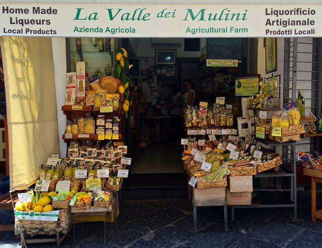 Amalfi Coast Travel Essentials Guide