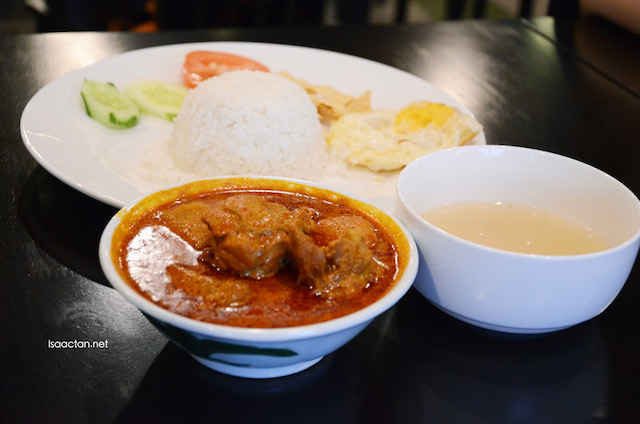 Special Curry Chicken Set - RM8.90