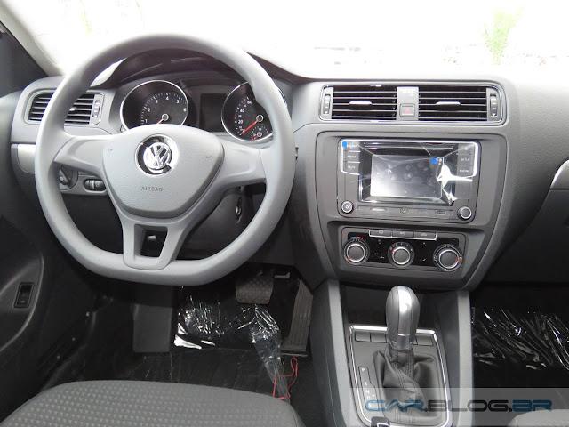 VW Jetta 2016 1.4 TSI Trendline - interior