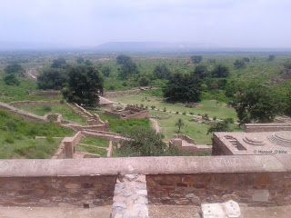 view of Bhangarh fort