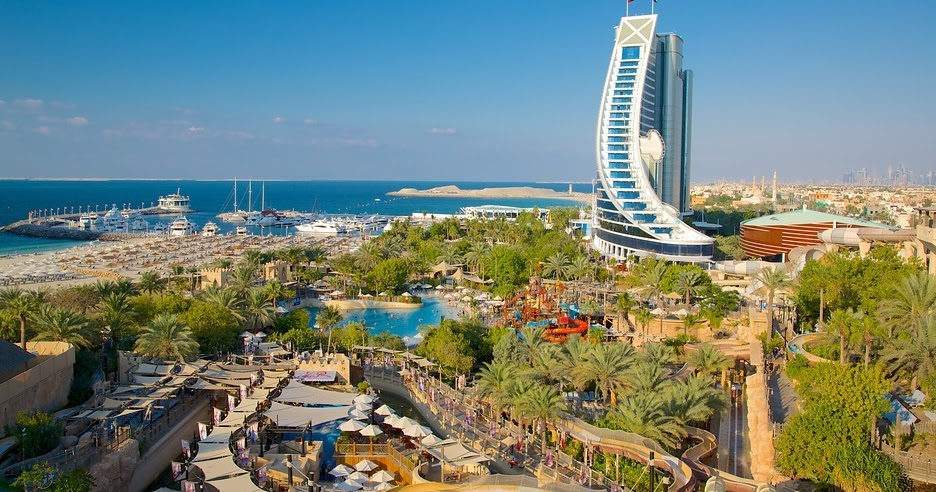 Jumeirah Beach Hotel Water Park