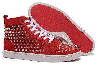 e69a55f121d9 The upper details of this Red ChristianLouboutin sneakers is one spiked  sharp nail design shoes