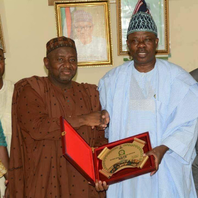 ‎Amosun Presents Documents on Proposed Ogun Poly, Varsity to NBTE, NUC