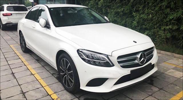 Vietnam Star tặng 100% phí trước bạ khi mua Mercedes C200 2019