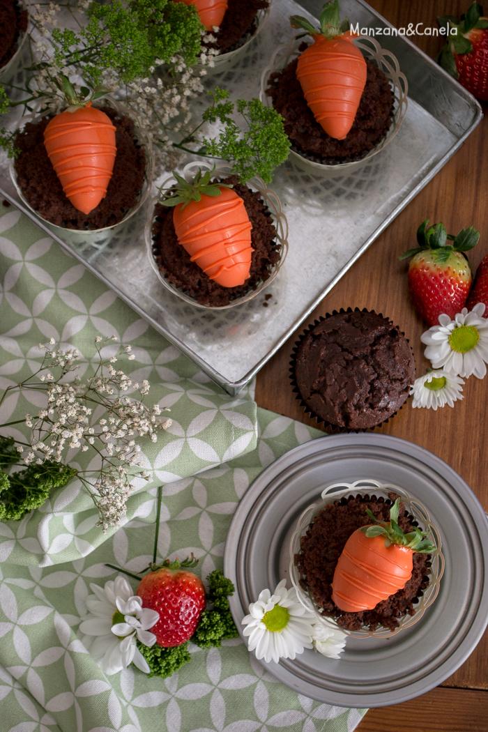 Muffins de chocolate con fresa. Receta de Pascua