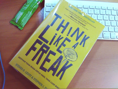 Resensi Think Like A Freak