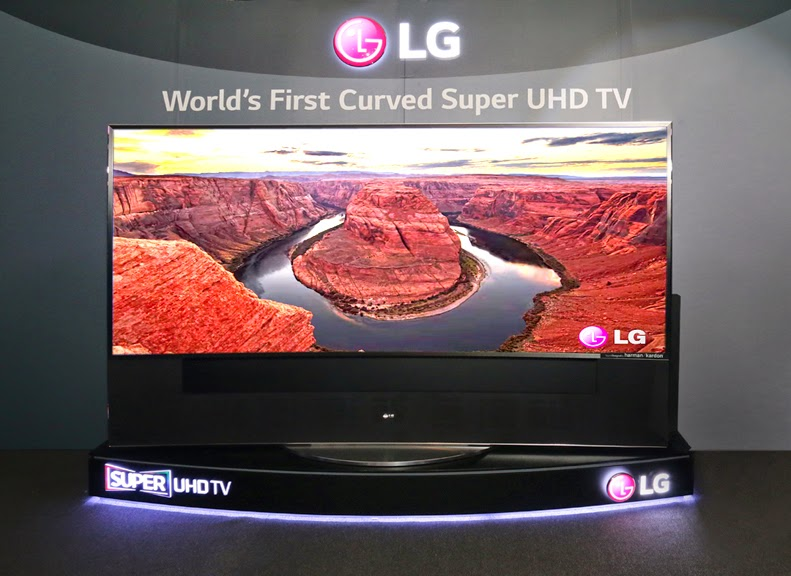 LG 105-inch Curved Super Ultra HDTV