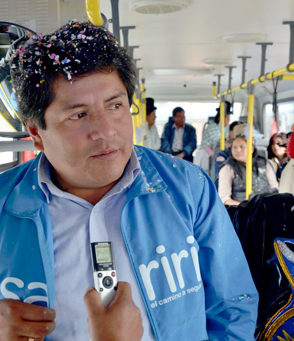 Patana presentó buses en plena campaña por su reelección / ARCHIVO ANF