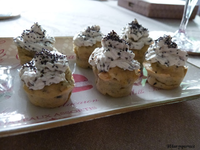 Cupcakes chèvre olive noire - Dans la cuisine d'Hilary