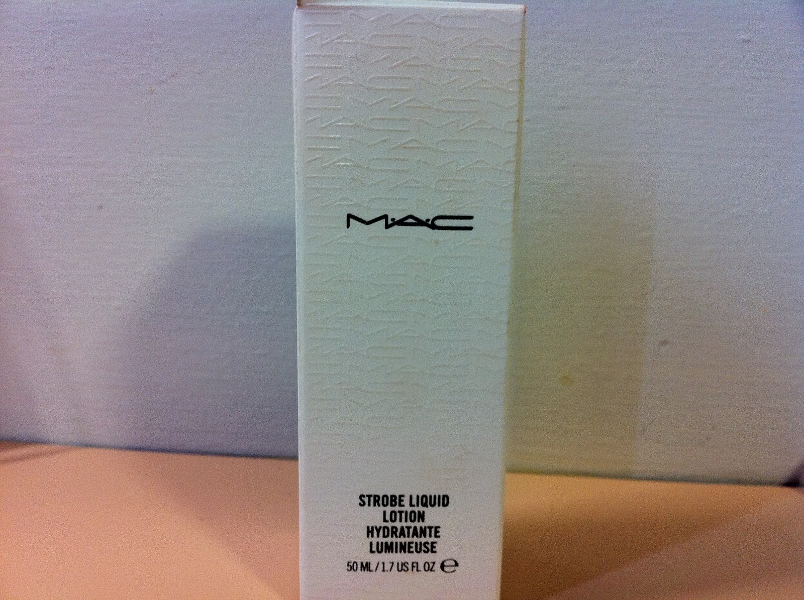 MAC Strobe Liquid Lotion