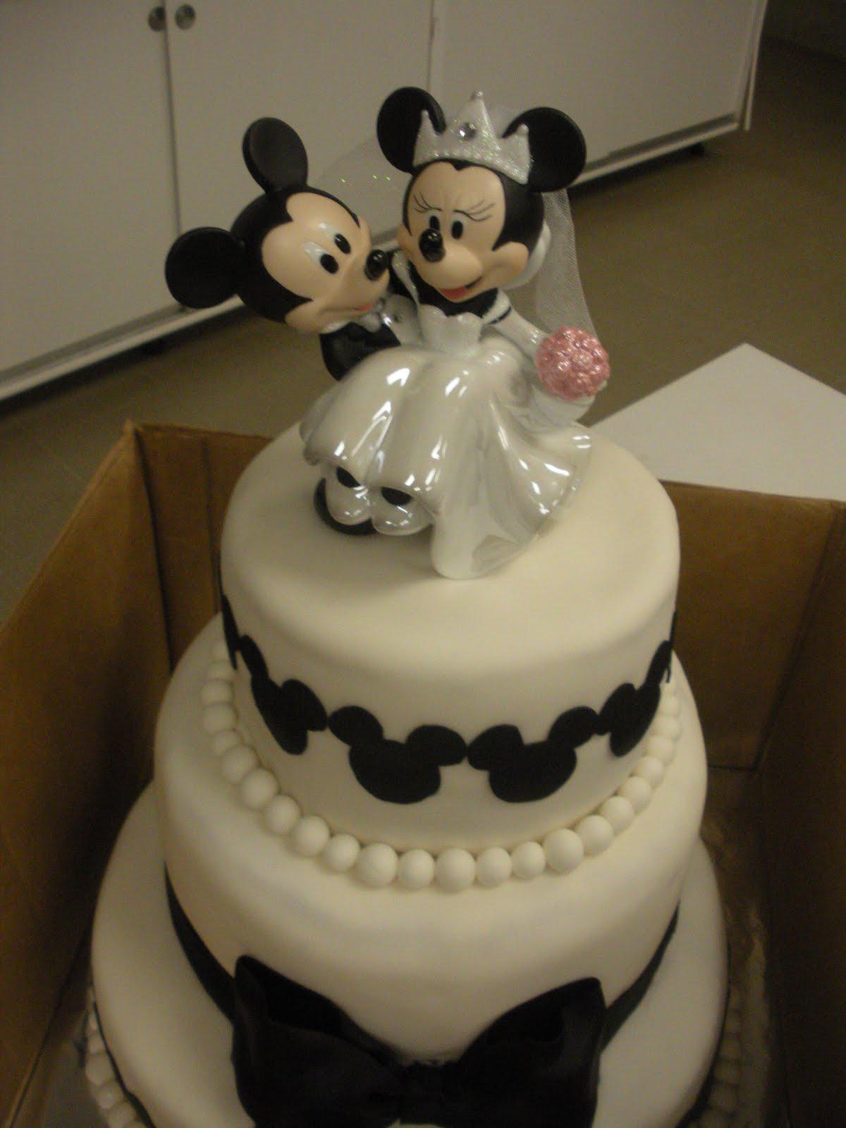Beachy Cakes Cookie Monster Amp Disney Wedding