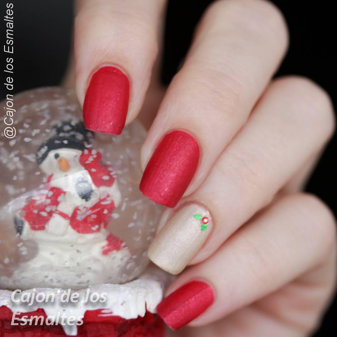 Uñas de navidad sencillas - Rojo y dorado | Cajon de los esmaltes