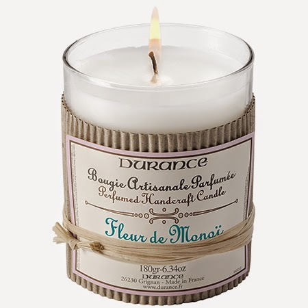 blog bougie, revue bougie, avis bougie, bougie parfumée, cire parfumée, wax melt, huile parfumée, candle review, article bougie, parfum d'ambiance, home fragrance, scented candle, parfumer sa maison, yankee candle, bath and body works, fleur de monoï, durance