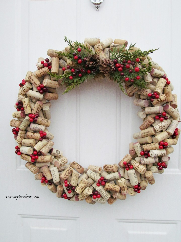 how to make a christmas wine cork wreath today. Black Bedroom Furniture Sets. Home Design Ideas