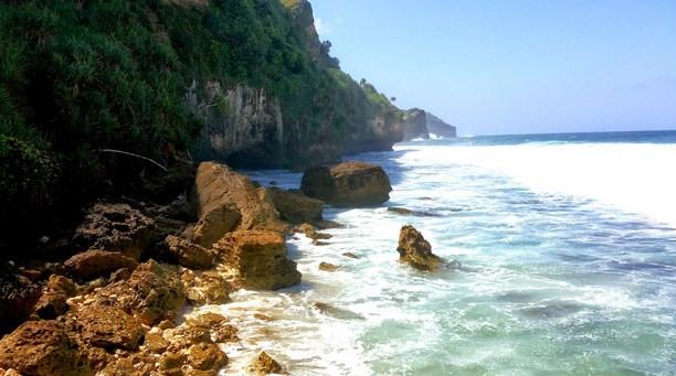 Pantai Seruni Gunung Kidul Yogyakarta