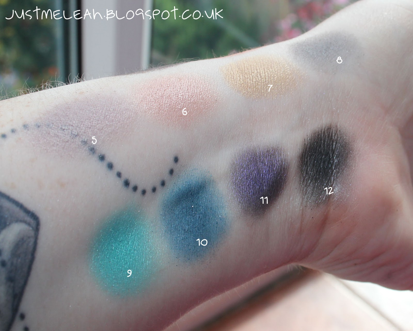 MUA DUSK TILL DAWN PALETTE SWATCHES