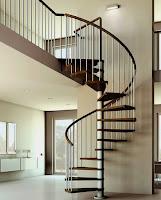 tangga putar besi rumah minimalis
