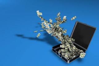 volle Geldkoffer führen zu schlechten Transaktionen