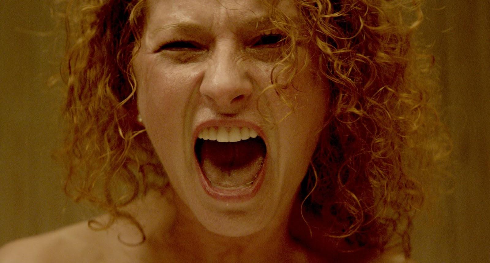 Od krzyku do krzyku – recenzja filmu <i>Atak paniki</i>