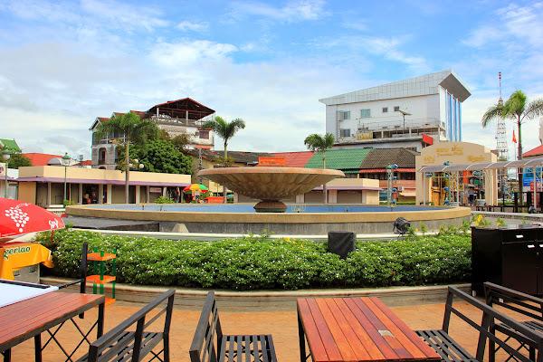 Nam Phou Fountain in Vientian