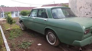 Jual mobil tua crown 1966  15 juta tanpa mesin.. (nego tipis)